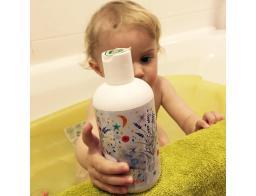 peneča kopel za otroke